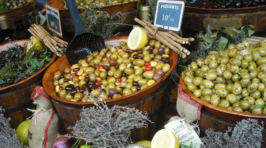 Hold the Olives, Hold the Garden